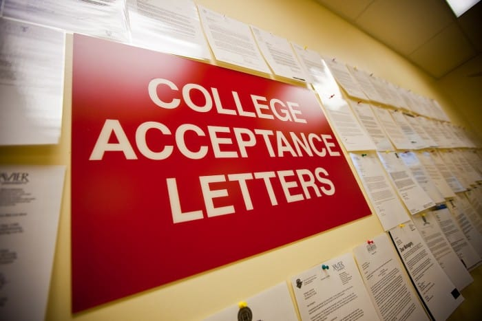 How to Write a College Acceptance Letter